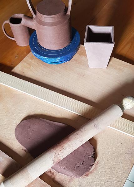 Terre Ceramica e Arte - Sfoglia